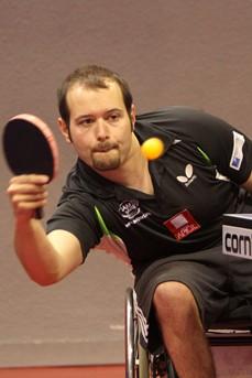 Maxime thomas champion d europe de tennis de table en fauteuil fonds handicap soci t - Champion de tennis de table ...