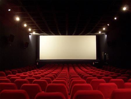 http://www.fondshs.fr/Media/Default/Images/Actualit%C3%A9s-Accessibilit%C3%A9/salle-de-cinema.jpg